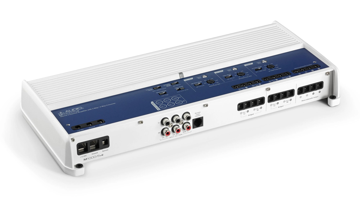 JL Audio M1000/5v2 1000 W 5 Ch. Class D Marine System Amplifier